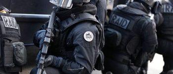 Les policiers du RAID
